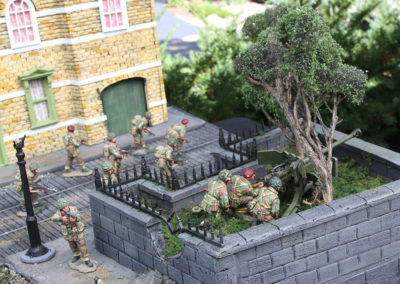 "Diorama of K&C British airborne advancing thru Dutch City of Arnhem from movie ""A Bridge too Far""-16"