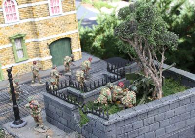 "Diorama of K&C British airborne advancing thru Dutch City of Arnhem from movie ""A Bridge too Far""-16"