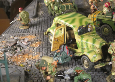 "Diorama of K&C British airborne advancing thru Dutch City of Arnhem from movie ""A Bridge too Far""-9"