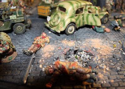 "Diorama of K&C British airborne advancing thru Dutch City of Arnhem from movie ""A Bridge too Far""-4"