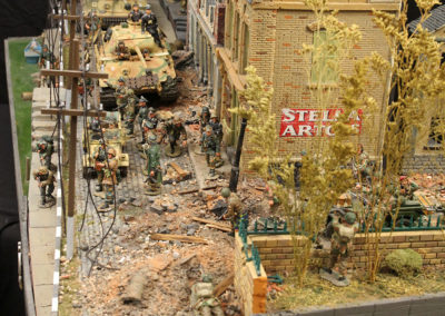 """King and Country Diorama of British airborne advancing thru Dutch City of Arnhem and encountering Panzer division from the movie """"A Bridge too Far"""""""